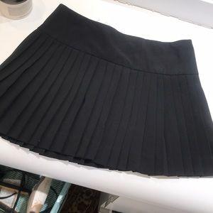 Beautiful pleated mini skirt by AQUA